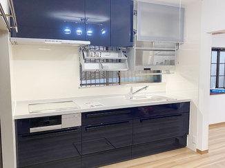 キッチンリフォーム 家事効率を追求した使いやすいシステムキッチン