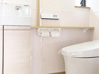 トイレリフォーム 安全でお掃除がしやすい新設のトイレ