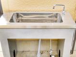 エクステリアリフォーム手洗いと水まき用を分けた屋外シンク