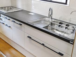 キッチンリフォーム デザインと機能を兼ね備えた快適な住まい